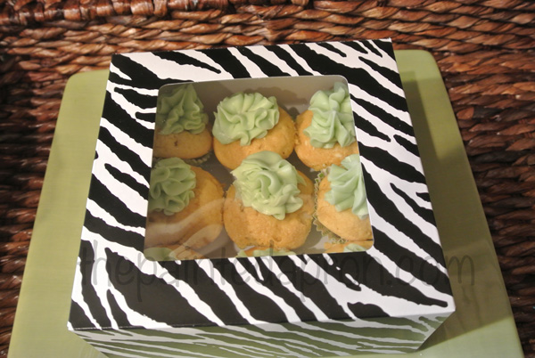 Baileys cupcakes gift thepaintedapron.com