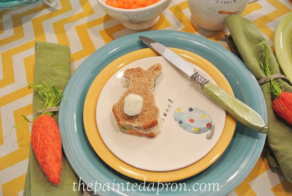 bunny sandwich plate thepaintedapron.com