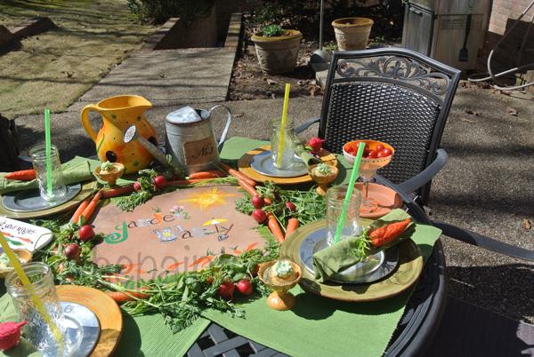 garden tablescape 3 thepaintedapron.com
