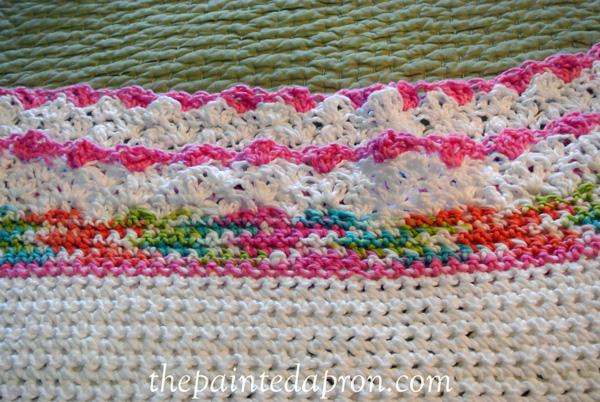lacey crochet blanket thepaintedapron.com