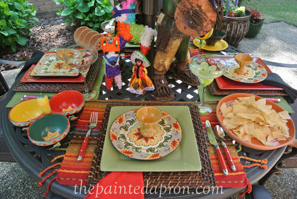 mexican table thepaintedapron.com