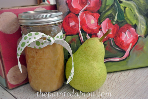 pear raspberry vinaigrette thepaintedapron.com