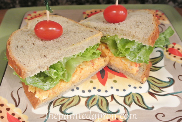 pimento cheese sandwich thepaintedapron.com