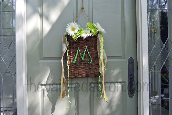 summer door decor thepaintedapron.com