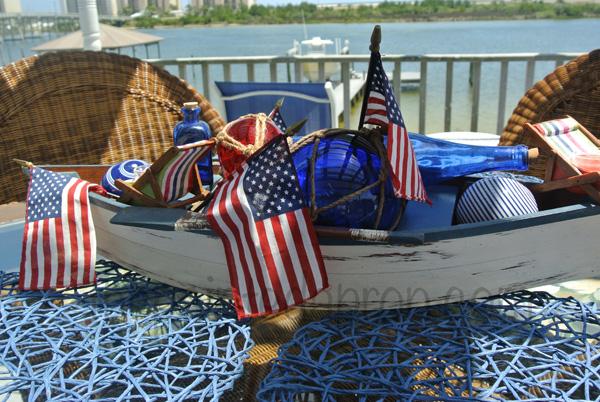 boat centerpiece 3 thepaintedapron.com