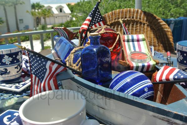boat centerpiece thepaintedapron.com