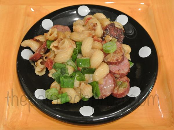 lite & spicy sausage pasta thepaintedapron.com
