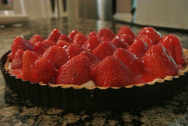 chocolate strawberry tart thepaintedapron.com