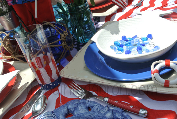 July 4 table thepaintedapron.com