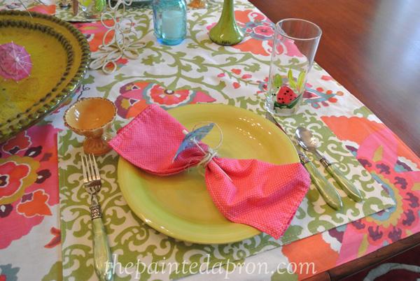 paper umbrella napkin ring thepaintedapron.com