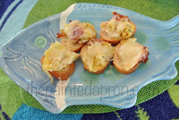 artichoke heart brushetta thepaintedapron.com