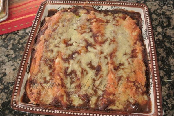 easy enchilada sauce thepaintedapron.com