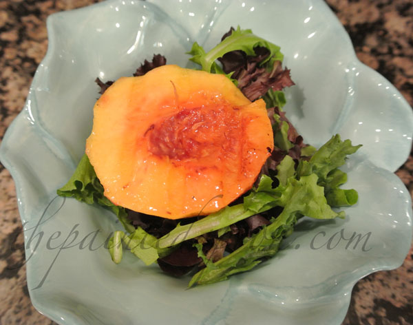 grilled peach salad with raspberry glaze thepaintedapron.com