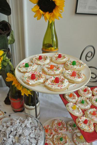 Mexican cookies thepaintedapron.com