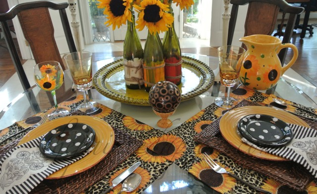 Tablescapes, Sunflower Table and Fiesta Chowder | The Painted Apron