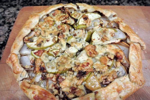 apple pear galette thepaintedapron.com