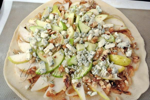 gorgonzola topped fruit galette thepaintedapron.com
