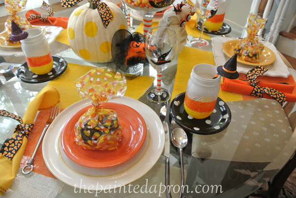 candy corn table thepaintedapron.com