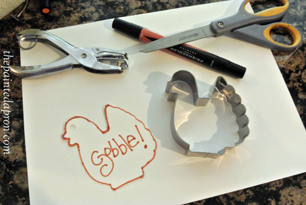 cookie cutter gift tag 1 thepaintedapron.com