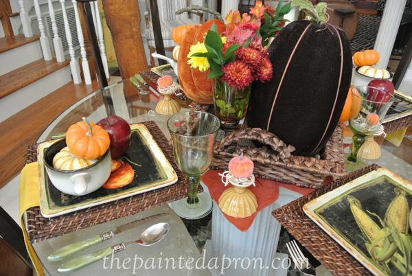 Fall table thepaintedapron.com