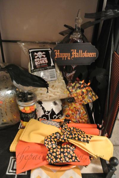 Halloween goodies thepaintedapron.com