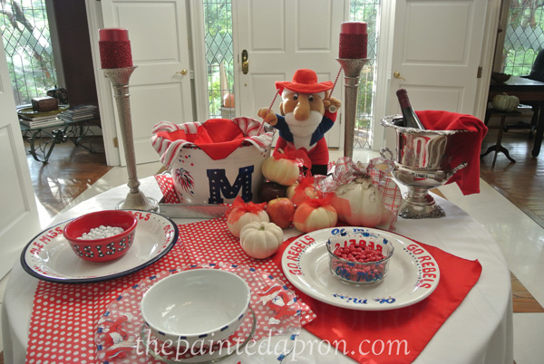 Ole Miss footable table thepaintedapron.com