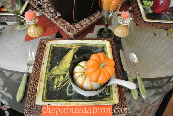 pumpkin table thepaintedapron.com
