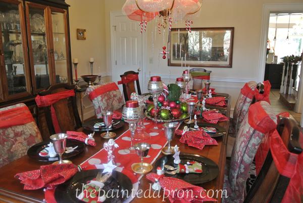 Christmas table thepaintedapron.com