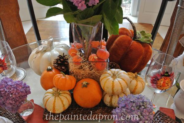 pumpkin centerpiece 2 thepaintedapron.com