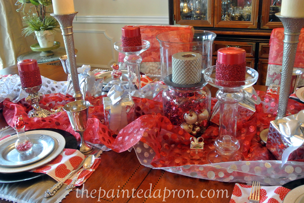 Valentine table thepaintedapron.com