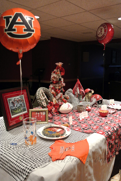 Iron bowl table thepaintedapron.com