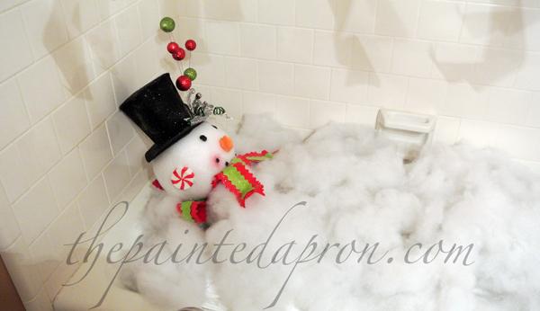 Snowman bath tub thepaintedapron.com