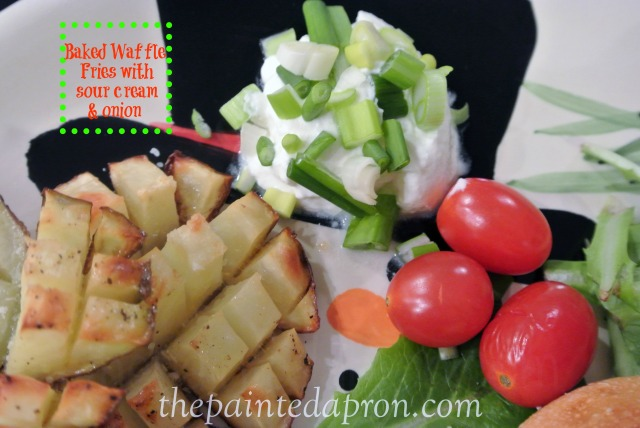 Baked waffle fries thepaintedapron.com