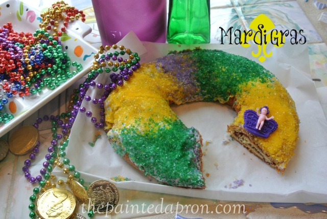 mardi gras cake thepaintedapron