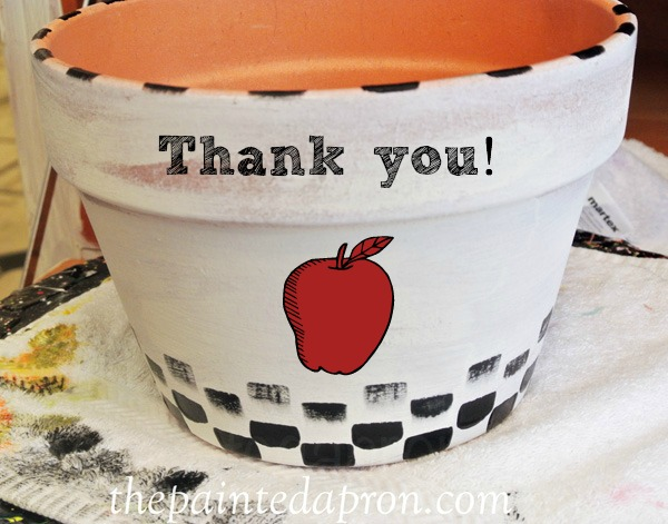 painted apple pot thepaintedapron.com