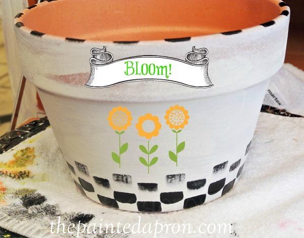 painted bloom pot thepaintedapron.com