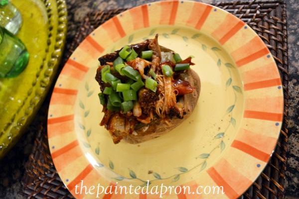 bbq topped potato thepaintedapron.com