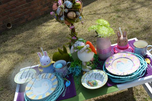 Easter egg hunt table 1 thepaintedapron.com