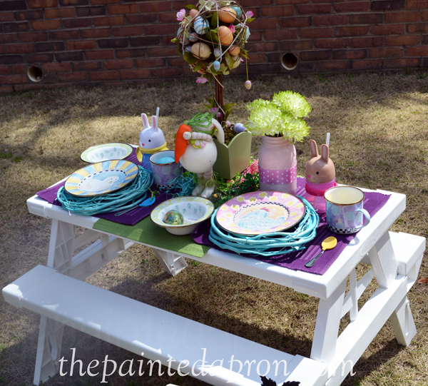 garden kids table thepaintedapron.com