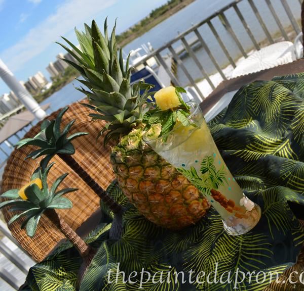pineapple cocktails thepaintedapron,com