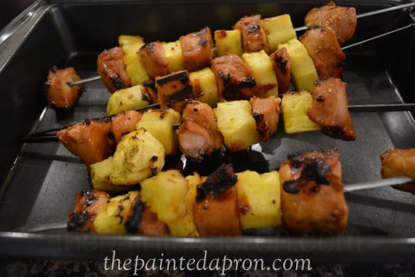 chicken and pineapple skewers thepaintedapron.com