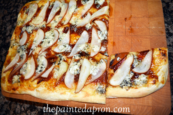Fig and bleu pizza thepaintedapron.com