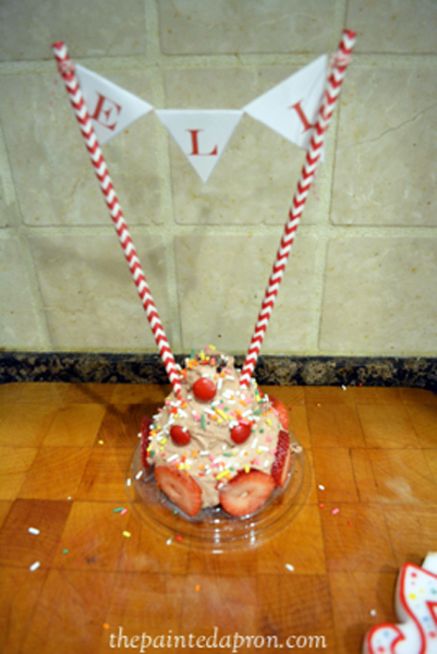 personal birthday cake thepaintedapron.com