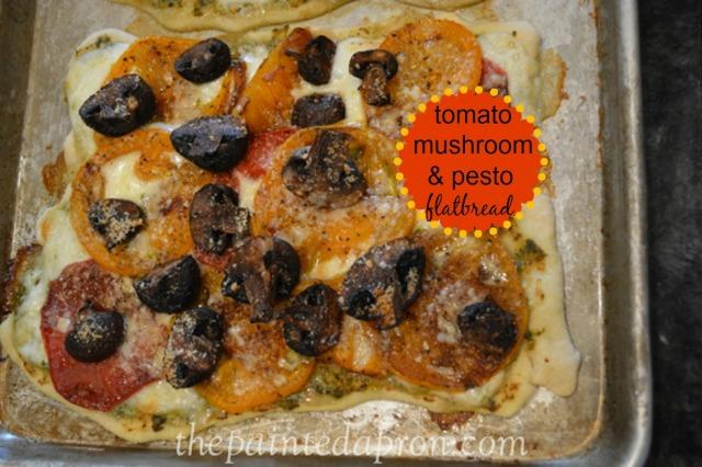 tomato and mushroom flatbread thepaintedapron.com