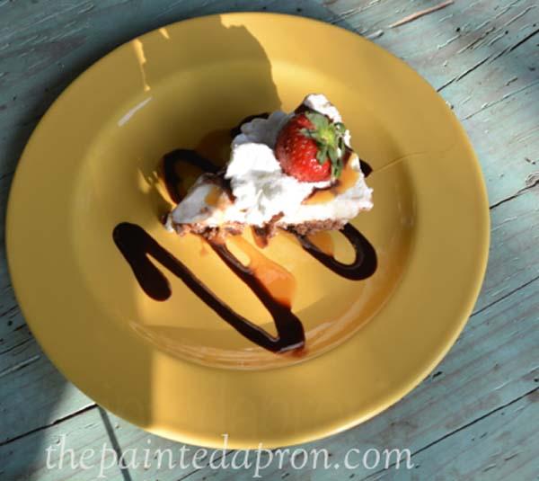 ice cream pie thepaintedapron.com