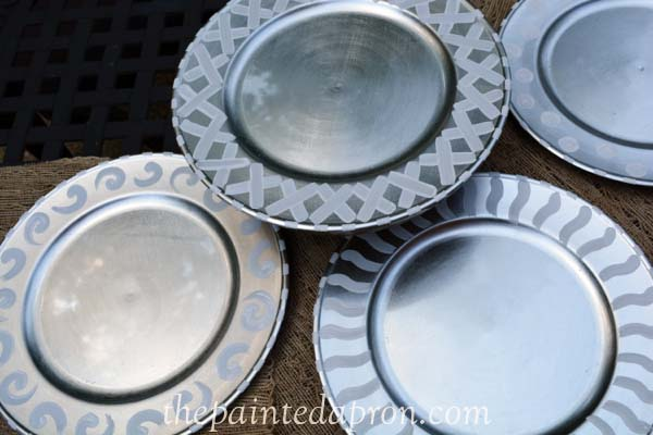 silver and white chargers thepaintedapron.com