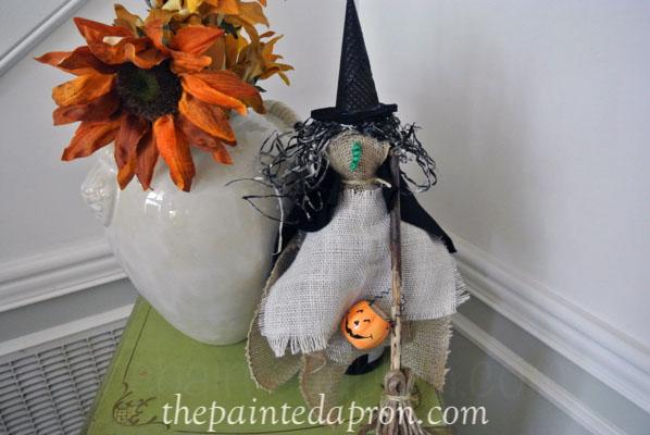 burlap witch thepaintedapron.com