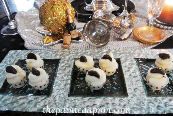 champagne cupcakes thepaintedapron.com