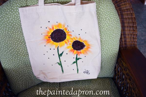sunflower bag thepaintedapron.com