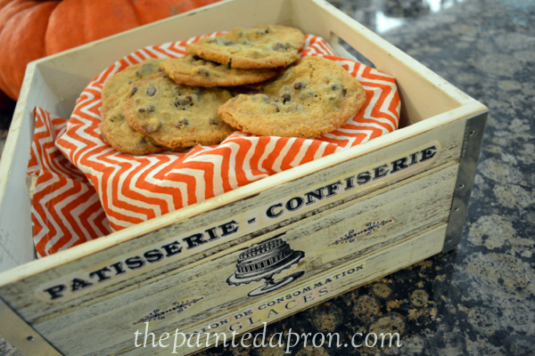 chocolate chip peanut butter cookies thepaintedapron.com